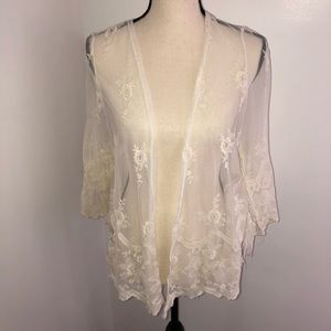 You are not alone floral lace cardigan kimono Sz S